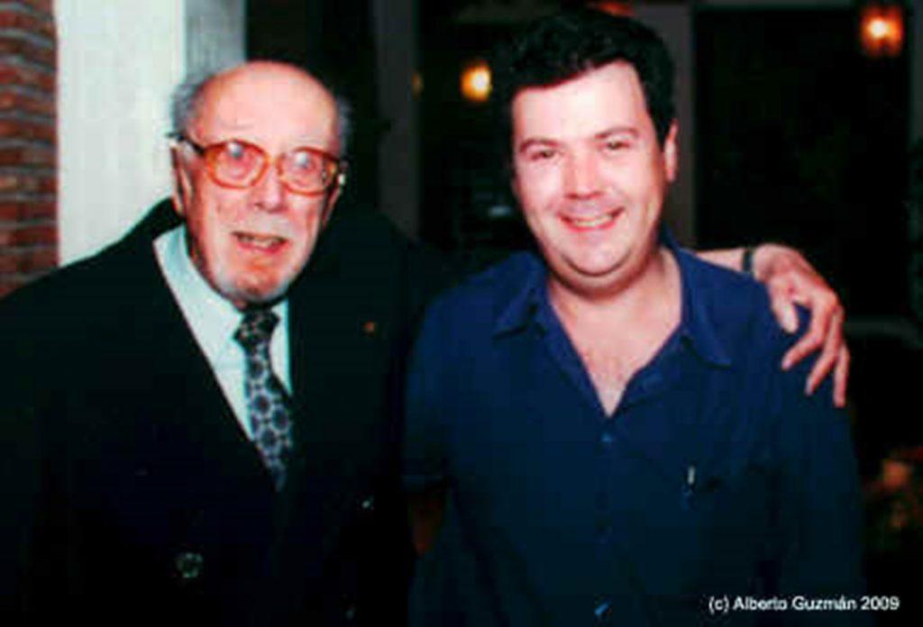 Antonio Ribera y Alberto Guzmán en febrero-marzo 2001, durante el homenaje celebrado en Torremolinos por la Asociación EDENEX.