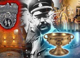 En el mes de octubre de 1940 se presenta en Barcelona la mano derecha de Hitler. El jefe de las SS, Heinrich Himmler, llega a España para estrechar lazos y conseguir el compromiso de Franco para una posible intervención española. Pero Himmler también tenía en su ruta de viaje otro oscuro objeto de deseo: la búsqueda del Santo Grial junto al Arca de la Alianza.