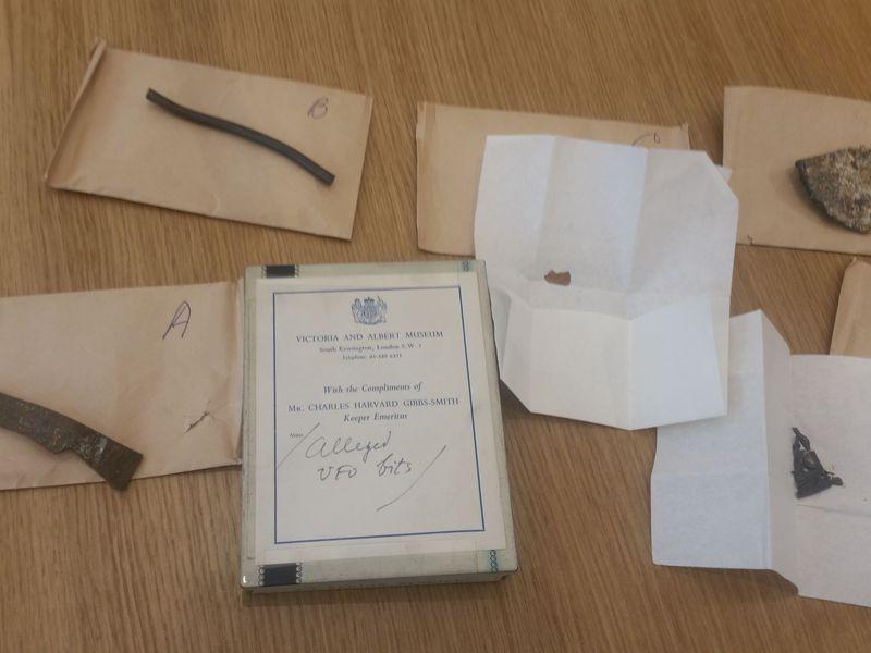 El objeto fue diseccionado para su estudio, perdiéndose algunos de sus fragmentos.