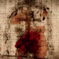 El Santo Sudario de Oviedo (conocido también por pañolón de Oviedo) es una reliquia de la Iglesia Católica que se encuentra depositada en la Cámara Santa de la Catedral de Oviedo, España. Se trata un pañuelo de lino manchado de sangre y alguna quemadura de velas, de forma rectangular con una medida de 83x53 centímetros. Se le venera como una de las prendas funerarias mencionadas en el Evangelio de Juan (Jn 20,7): un «sudario» (σουδαριον) que cubría la cabeza de Jesús de Nazaret, y una «prenda de lino» o «vendajes» (οθονιον) cubriendo el cuerpo. Algunos creyentes creen que el sudario de Oviedo fue uno de los lienzos mencionados en Jn 20,6.