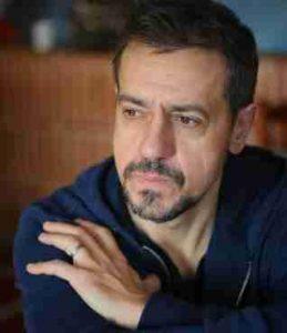 """Carlos Dueñas, director, productor y director de cine, se adentra ahora en el mundo de la radio con el innovador programa """"Todo Nos Da Igual"""""""