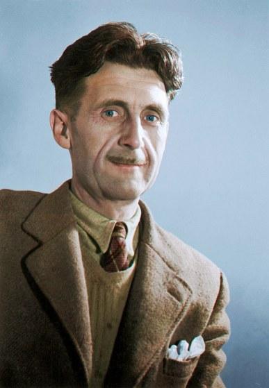 En la Navidad de 1936, George Orwell fue a visitar a su amigo Henry Miller a París con una idea muy clara: «Voy a matar fascistas porque alguien debe hacerlo». Faltaban cuatro días para que el genial autor de «Rebelión en la granja» y « 1984» se enrolara como brigadista para combatir contra los franquistas en la Guerra Civil española. Miller, que no estaba en absoluto interesado en lo que acontecía en España, llegó a decirle a Orwell que su viaje era «una idiotez», tanto como su sentido de la obligación de matar a otras personas para salvar al género humano de muertes peores y más injustas. Pero nada pudo cambiar en su determinación.